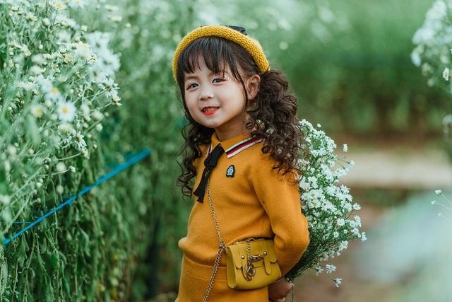 Ngoài ra, cô bé Ali còn đóng các phim ngắn, TVC quảng cáo và clip viral.