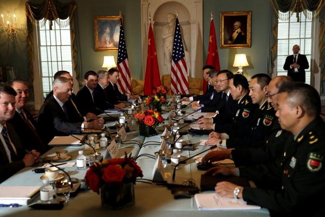 Hai phái đoàn Mỹ và Trung Quốc dự Đối thoại An ninh và Ngoại giao Mỹ - Trung tại Washington hôm 9/11. (Ảnh: Reuters)