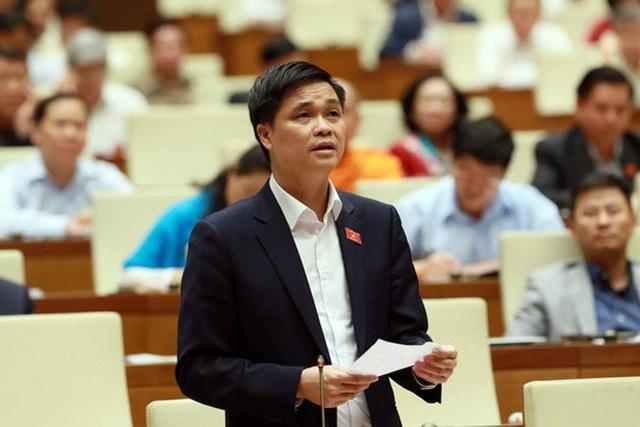 Đại biểu Quốc hội Ngọ Duy Hiểu (Hà Nội), Phó Chủ tịch Tổng Liên đoàn Lao động Việt Nam, phát biểu