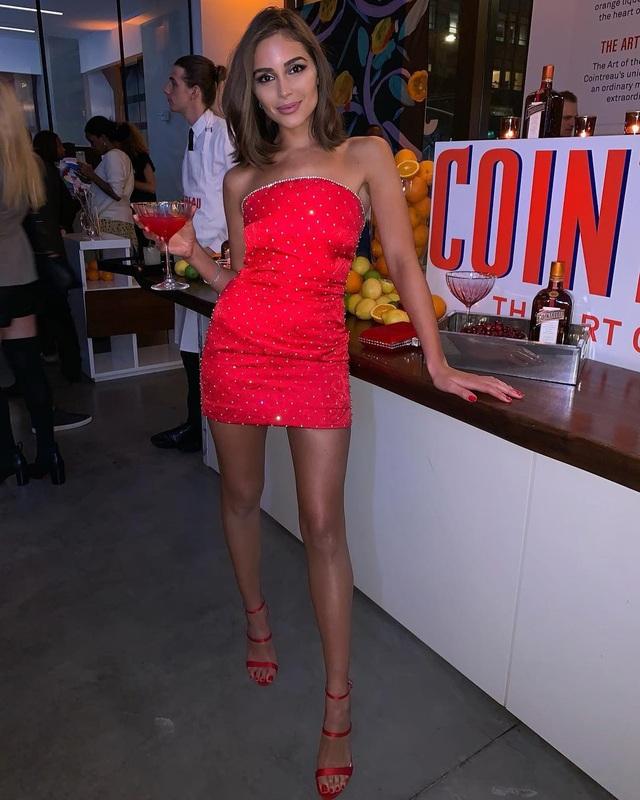 Olivia Culpo nổi tiếng từ khi đăng quang ngôi vị hoa hậu hoàn vũ năm 2012