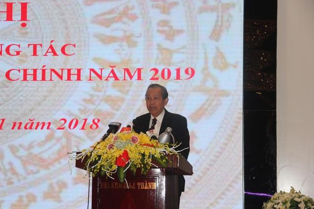 Phó Thủ tướng Trương Hoà Bình chỉ đạo tại hội nghị triển khai công tác thi hành án dân sự, hành chính năm 2019 (Ảnh: Nguyễn Trường).