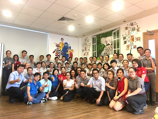 McDonalds Việt Nam chú trọng việc đào tạo và xây dựng đội ngũ nhân viên -yếu tố cơ bản làm nên thành công doanh nghiệp.