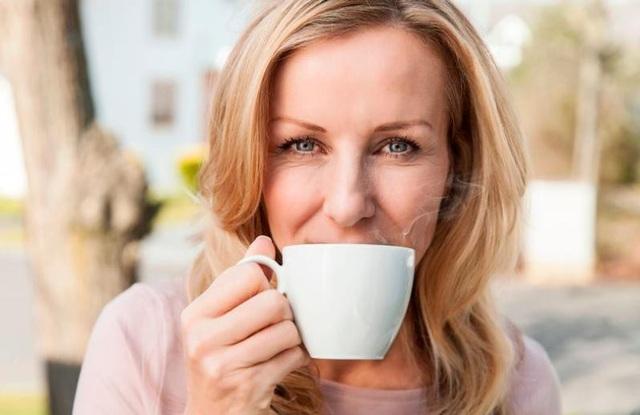 Theo nghiên cứu mới, uống 3 hoặc 4 tách cà phê mỗi ngày sẽ làm giảm nguy cơ mắc bệnh tiểu đường khoảng 25%.