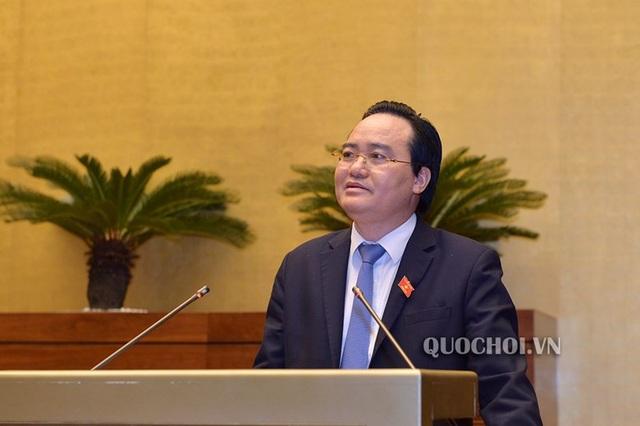 Bộ trưởng GD-ĐT Phùng Xuân Nhạ cho biết đã chỉ đạo một nhóm nghiên cứu ở đề tài cấp quốc gia về triết lý giáo dục