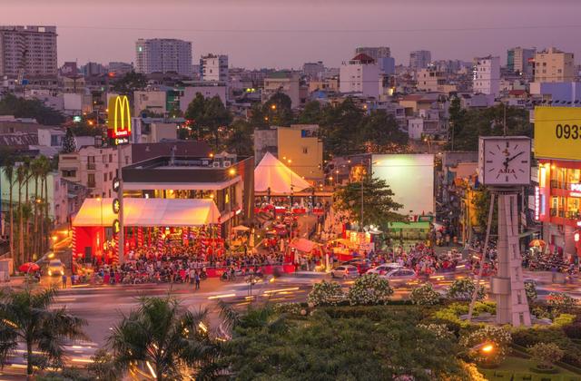 Khai trương McDonalds Đa Kao - 2.2014, nhà hàng đầu tiên tại Việt Nam