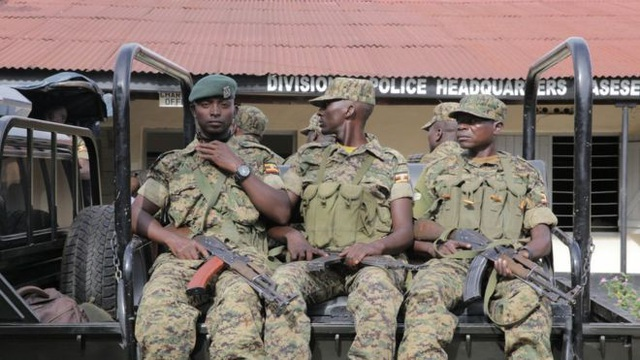 Uganda triển khai quân đội để bảo vệ doanh nghiệp Trung Quốc khỏi các vụ cướp bóc. (Ảnh: Getty)