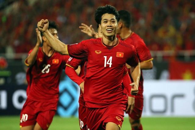 Công Phượng luôn tỏ ra có duyên khi đối đầu Malaysia - Ảnh: Gia Hưng