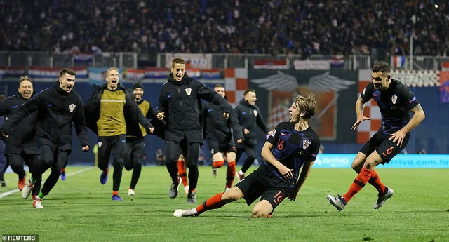 Niềm vui của Croatia sau chiến thắng nghẹt thở