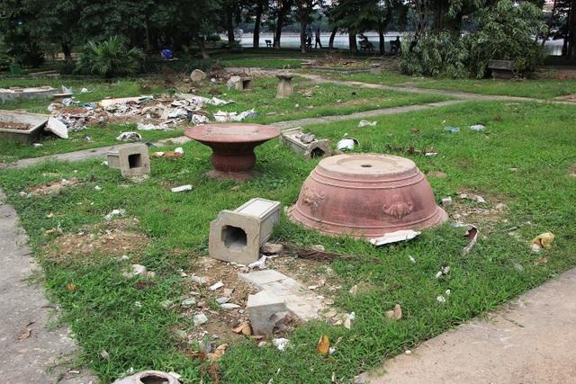 """Công viên lọt top """"đẹp nhất Hà Nội"""" ngập ngụa rác thải - 10"""