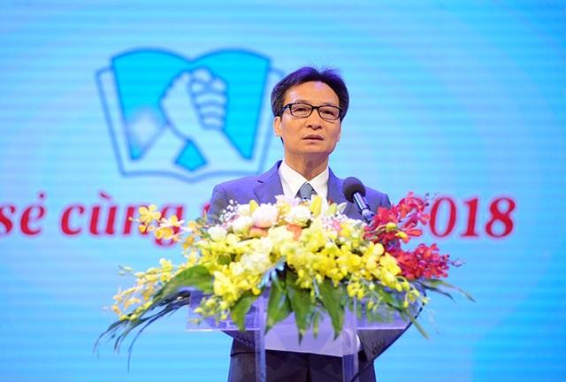 Phó Thủ tướng tuyên dương 48 giáo viên tiêu biểu dạy trẻ khuyết tật