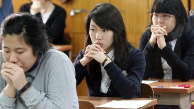 Hơn nửa triệu sĩ tử Hàn Quốc ngày 15/11 bước vào kỳ thi đại học quan trọng. (Ảnh: Getty)