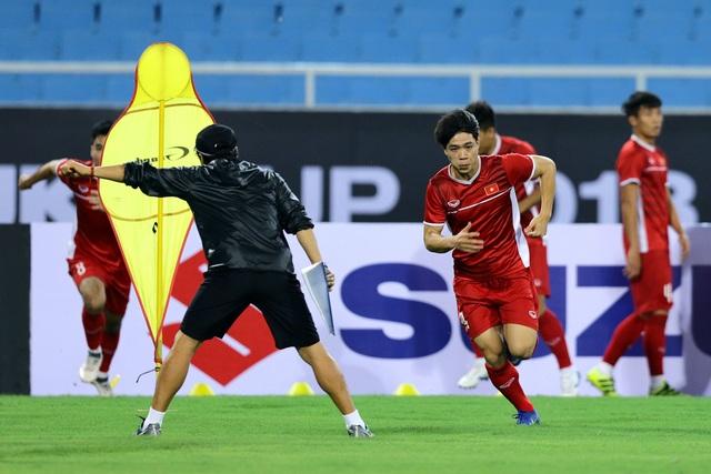 Công Phượng luôn có duyên ghi bàn khi đối đầu bóng đá Malaysia - Ảnh: Gia Hưng