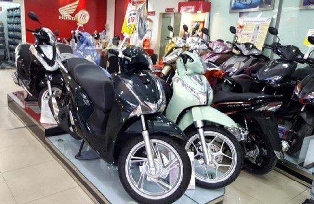 Giá xe Honda SH cuối năm tăng mạnh.