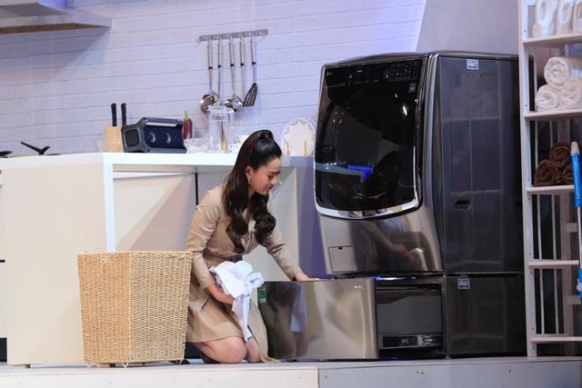"""Chiếc máy giặt LG TWINWash lồng đôi là """"người bạn"""" giữ gìn phong cách thời trang cho diễn viên hài Lâm Vỹ Dạ"""