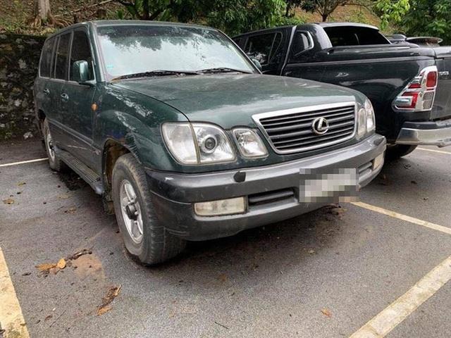 Chiếc Lexus cũng được bán với giá tương tự với Range Rover.