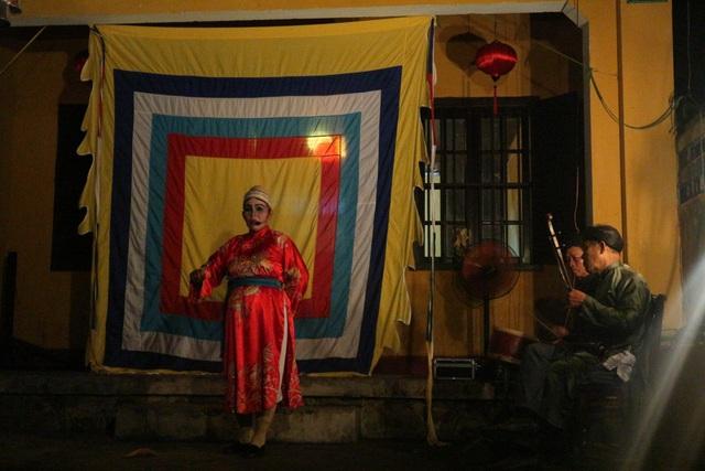 """Nghệ thuật hát tuồng, bài chòi… được trình diễn phục vụ du khách trong """"Đêm phố cổ"""""""