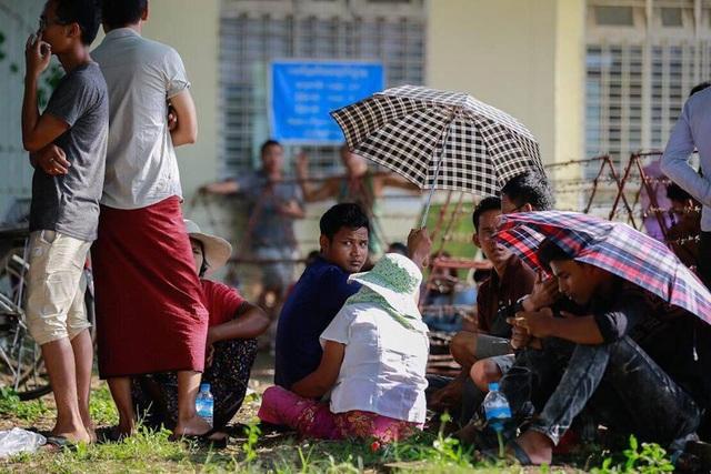 Vé xem trận Myanmar - Việt Nam cao nhất là 100 nghìn đồng - 3