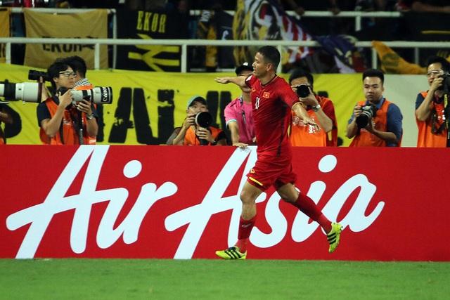 Anh Đức từng lập cú đúp vào lưới Myanmar trong chiến thắng 7-1 của đội tuyển Việt Nam, ở AFF Cup 2010 (ảnh: Gia Hưng)