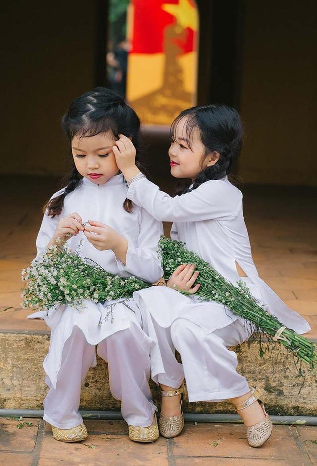 Cặp chị em mẫu giáo xinh như thiên thần - 7
