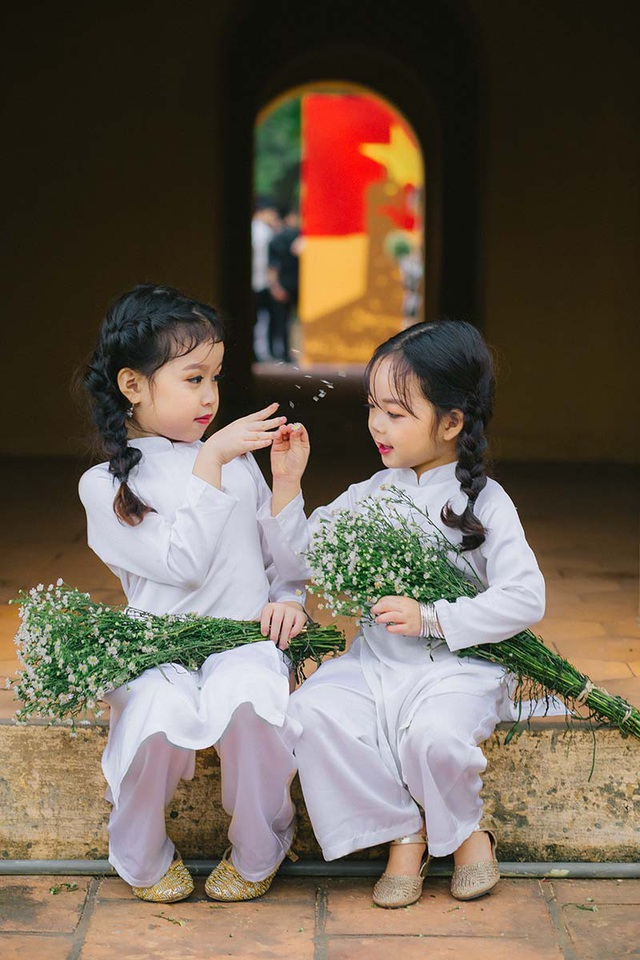 Cặp chị em mẫu giáo xinh như thiên thần - 6
