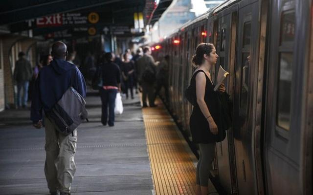 Cả người Mỹ lẫn người Nhật đều rất ít nghỉ ngơi. Ảnh: Getty Images