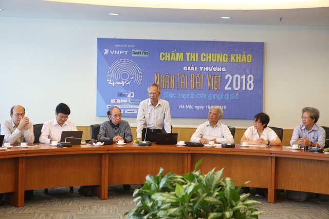 Ông Nguyễn Long - Tổng Thư ký Hội Tin học Việt Nam - Chủ tịch Hội đồng Giám khảo lĩnh vực CNTT Giải thưởng NTĐV 2018.