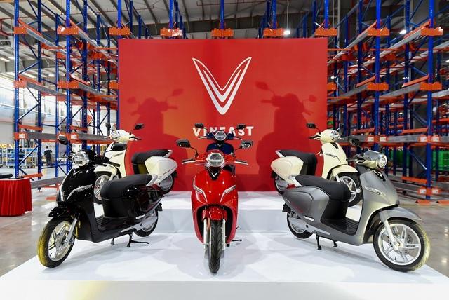 VinFast đồng loạt ra mắt 3 dòng sản phẩm ô tô, xe máy điện - 1
