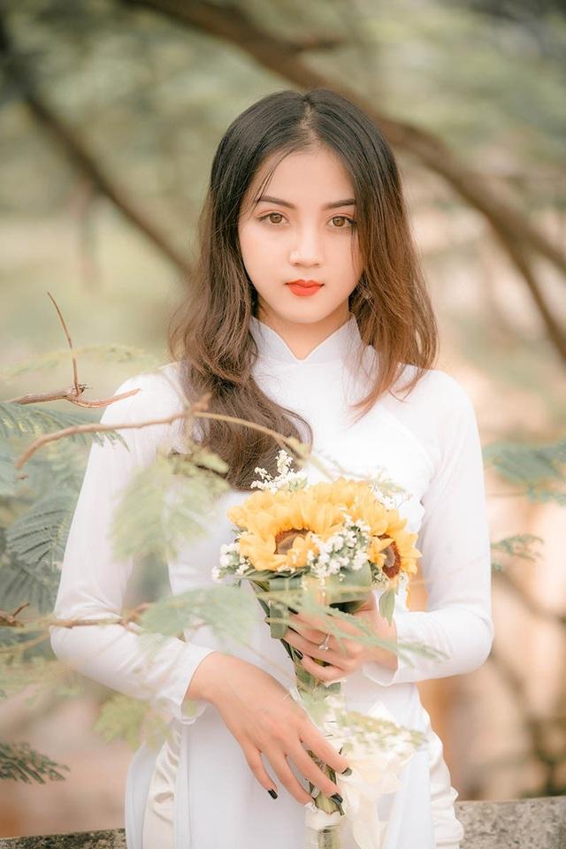 Nguyễn Dung mong rằng sau khi tốt nghiệp sẽ có được công việc như ý nguyện. Cô dự định ở lại Hà Nội để phát triển sự nghiệp vì ở thành phố cô sẽ có nhiều cơ hội hơn.