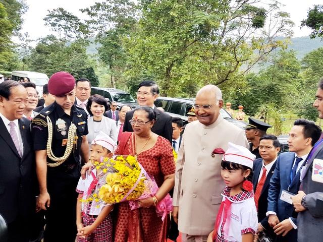 Tổng thống Ấn Độ tham quan khu đền tháp Mỹ Sơn - 2