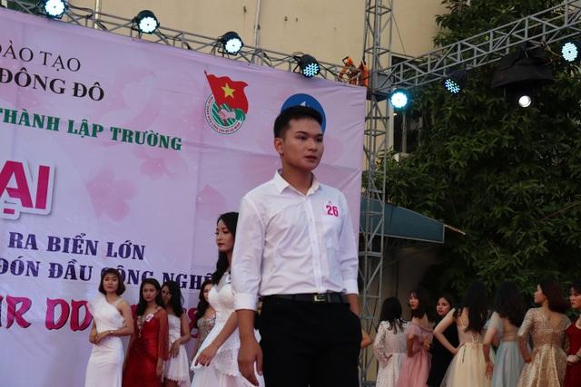 Nguyễn Quang Nghĩa đạt Á vương 1