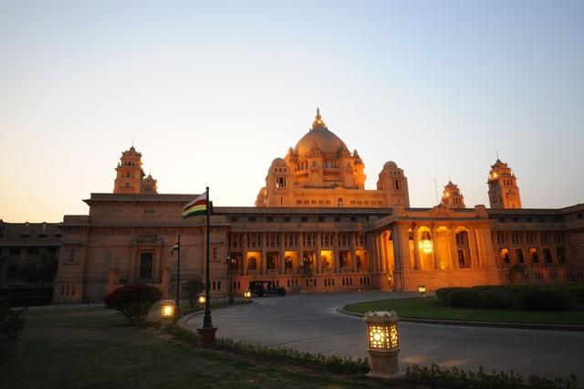 Khách sạn sang trọng tại Ấn Độ, nơi sắp diễn ra lễ cưới giữa Hoa hậu Thế giới 2000 - Priyanka Chopra và nam ca sĩ người Mỹ Nick Jonas