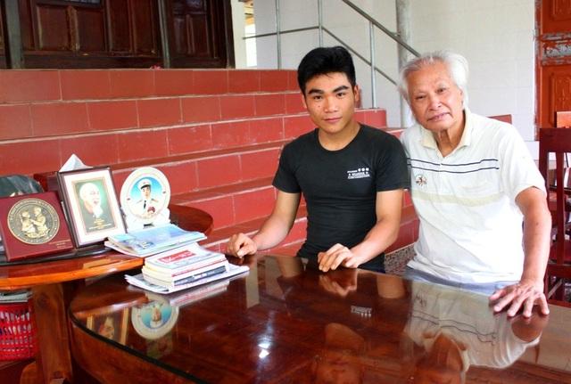 Nhờ sự tận tình dạy dỗ của cụ Nhượng, năm 2017 em Trần Quang Sáng đã đậu Học viện Quân y với số điểm 29.