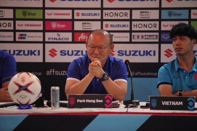 HLV Park Hang Seo đánh giá rất cao đội tuyển Myanmar - Ảnh: T.Đ