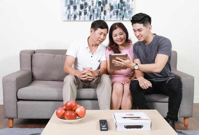 Nếu bận rộn công việc, khán giả vẫn có thể cổ vũ đội tuyển Việt Nam qua điện thoại di động, máy tính bảng, máy tính xách tay có cài đặt ứng dụng myK+