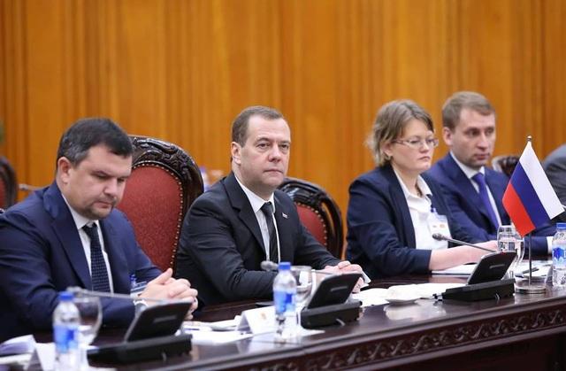 Thủ tướng Đ.A. Medvedev bày tỏ vui mừng thăm Việt Nam, nhấn mạnh Nga luôn coi Việt Nam là một trong những đối tác hàng đầu của Nga ở khu vực Châu Á - Thái Bình Dương (ảnh: Hữu Nghị)