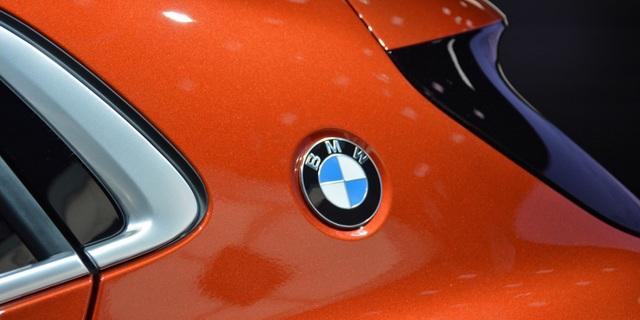 BMW vẫn đặt cược vào động cơ đốt trong - 1