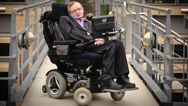 Thiên tài quá cố Stephen Hawking.