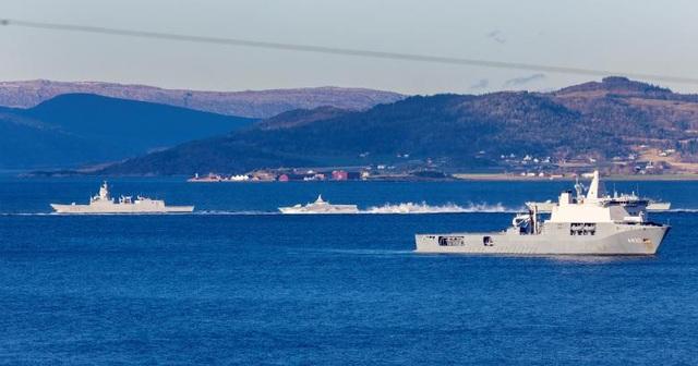Các tàu chiến tại khu vực Trondheim, Na Uy.