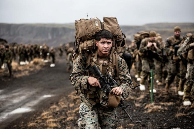Thủy quân lục chiến Mỹ diễn tập tại Iceland trong khuôn khổ tập trận Trident Juncture.