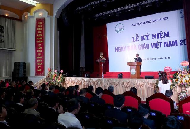 Nhiều tập thể, nhà khoa học ĐH Quốc gia Hà Nội nhận danh hiệu cao quý - 3