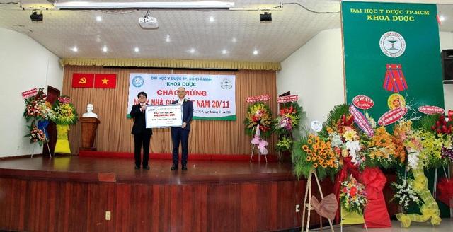 Rohto-Mentholatum (Việt Nam) trao học bổng và chăm sóc mắt cộng đồng 2018 - 1