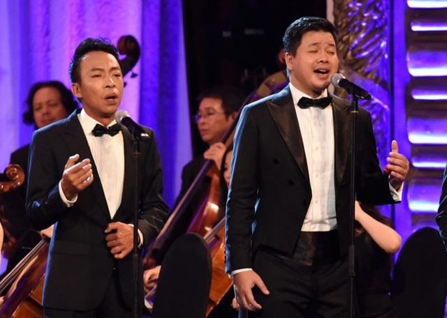 Việt Hoàn- Đăng Dương sẽ thể hiện Thắp sáng lên ngọn lửa Lạc Hồng trong đêm trao giải Nhân tài Đất Việt 2018.