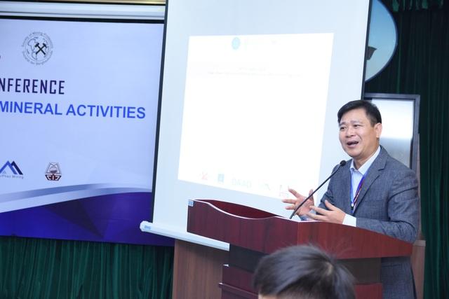 GS.TS. Trần Thanh Hải - Phó Hiệu trưởng HUMG phát biểu khai mạc Hội thảo