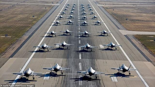 (Ảnh: Không quân Mỹ)