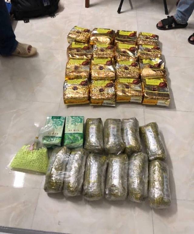 Cảnh sát bao vây chung cư bắt trùm ma túy ở Sài Gòn - 2