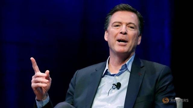 Cựu Giám đốc FBI James Comey (Ảnh: Reuters)