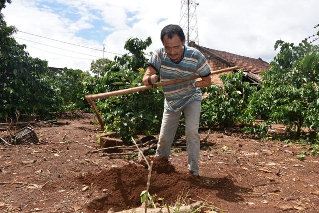 Nhờ sự hỗ trợ, anh Hồng có thêm động lực để sống và làm việc xây dựng kinh tế gia đình