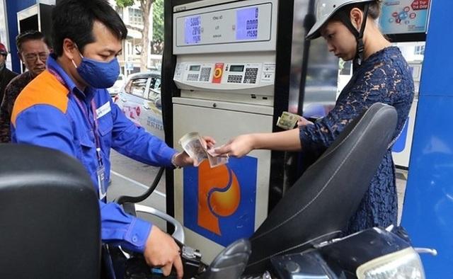 Giá xăng lần thứ 2 liên tiếp giảm sâu