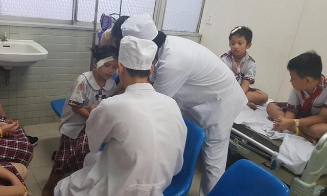 Nhiều học sinh bị thương vẫn đang được theo dõi ở bệnh viện