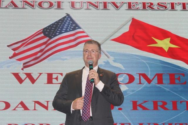 Đại sứ Daniel J. Kritenbrink nhấn mạnh tầm quan trọng của hợp tác Việt - Mỹ (Ảnh: Thành Đạt)